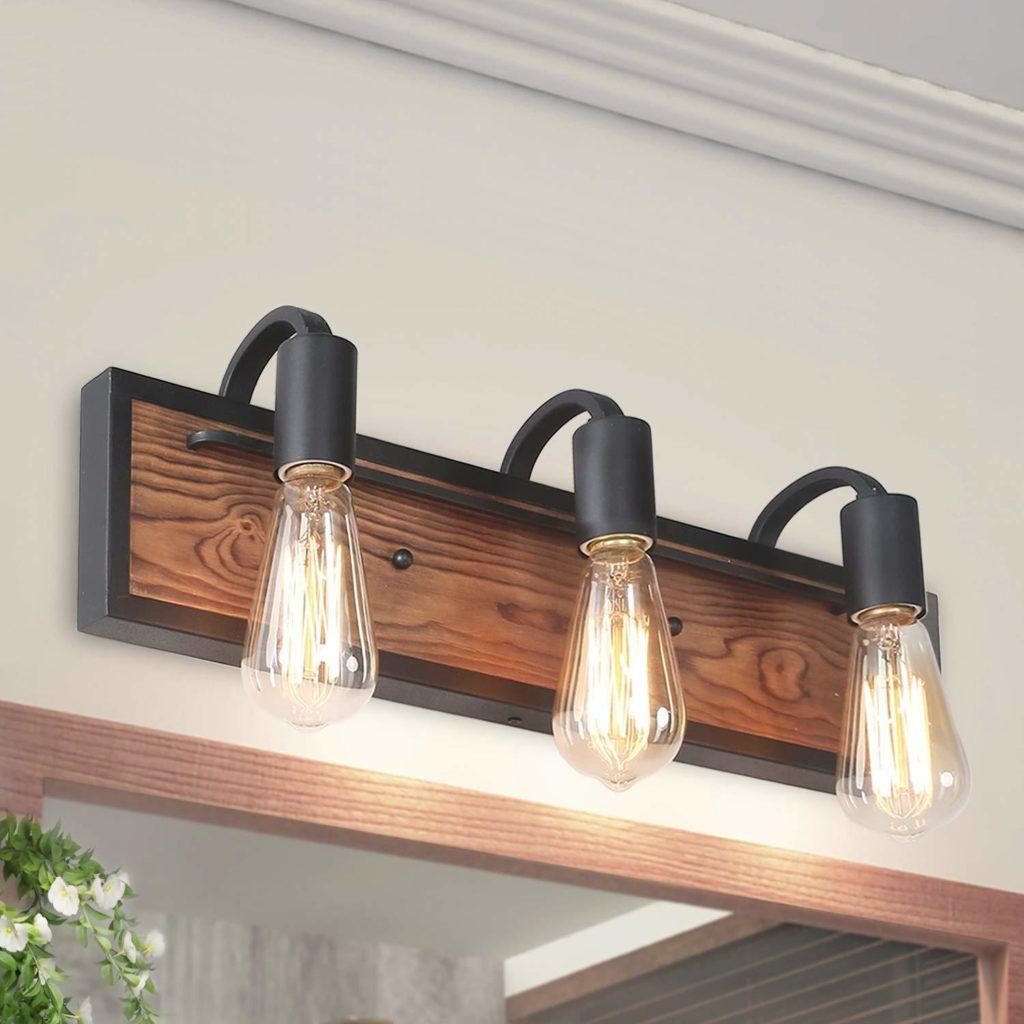 3 light bulbs on a bathroom fixture