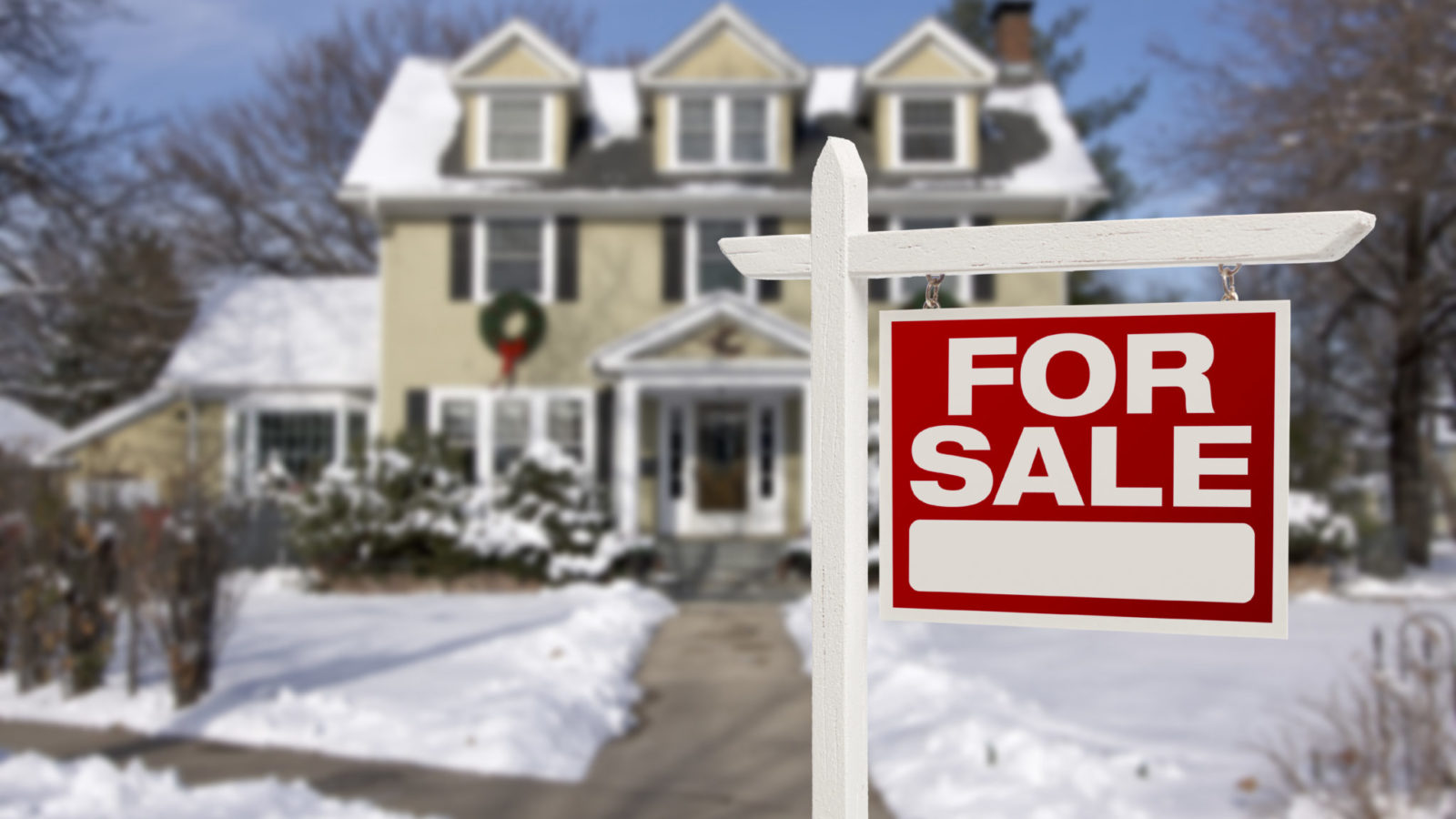 Home for Sale in Winter