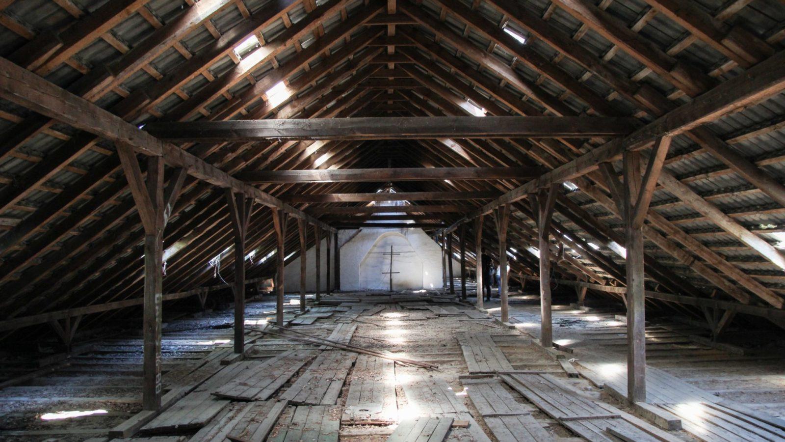 Large unfinished attic