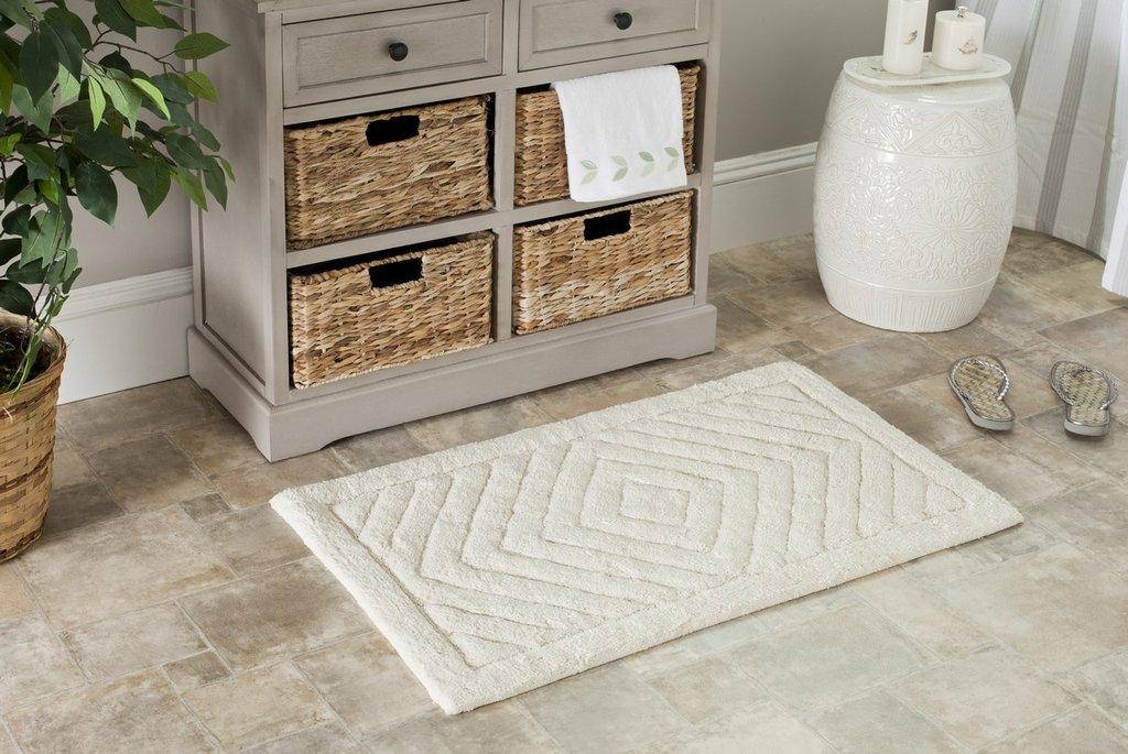 Area rug in a bathroom
