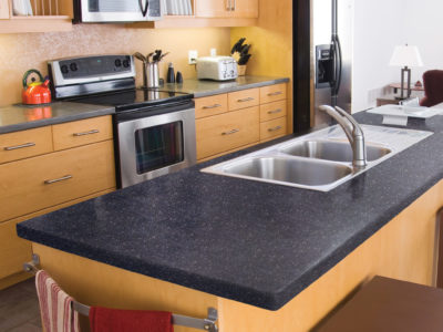 Completed kitchen countertop after finishing with DAICH SpreadStone
